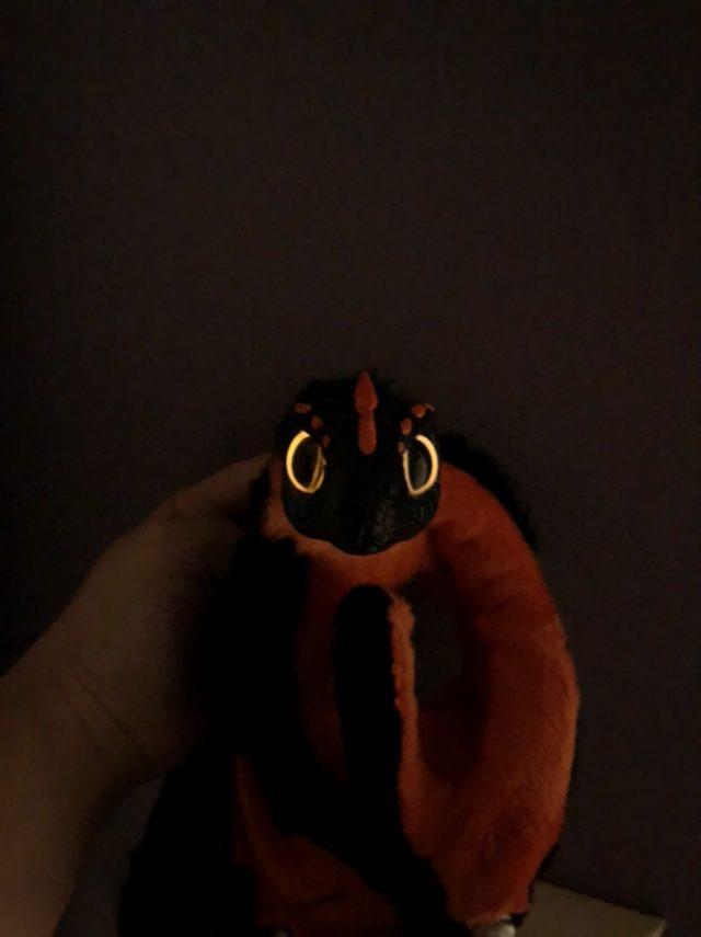 Glow In The Dark Eyes Dragon